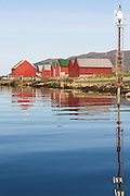 Morning mood by the sea, westcoast of Norway   Morgenstemning i fjøra i Nørdre Vaulen, Remøy