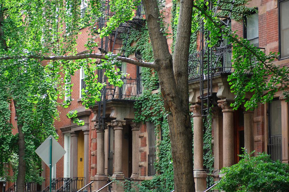 Grove Street, Greenwich Village, Manhattan, New York, New York, USA.