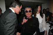 Tim Jefferies, Roberto Cavalli and Valerie Micchetti , Michael Roberts - book launch party hosted by Vanity Fair to celebrate  publication, Shot In Sicily. Hamiltons Gallery, 13 Carlos Place, London,17 September 2007. -DO NOT ARCHIVE-© Copyright Photograph by Dafydd Jones. 248 Clapham Rd. London SW9 0PZ. Tel 0207 820 0771. www.dafjones.com.