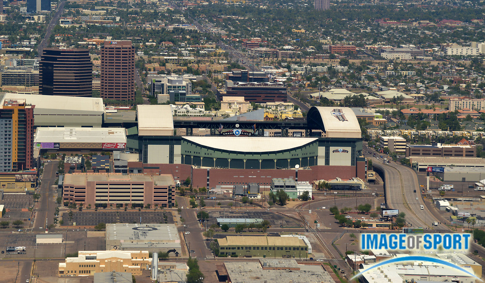 Sep 26, 2015; Phoenix, AZ, USA: General aerial view of the downtown Phoenix skyline and Chase Field. The facility serves as the home of the Arizona Diamondbacks (MLB).