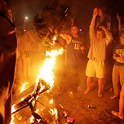 March 31, 2012 - Lexington, Kentucky, USA - University of Kentucky basketball fans set a couch on fire as they celebrate their team's victory over the University of Louisville in Lexington, Ky., on March 31, 2012. The win for Kentucky advances them to the championship game of the NCAA tournament in New Orleans. Fans took to the streets and in burned couches, turned over a car and ending with a handful of arrests. (Credit image: © David Stephenson/ZUMA Press)