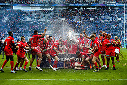 Saracens celebrate winning the Heineken Champions Cup after beating Leinster Rugby in the Final - Mandatory by-line: Robbie Stephenson/JMP - 11/05/2019 - RUGBY - St James' Park - Newcastle, England - Leinster Rugby v Saracens - Heineken Champions Cup Final