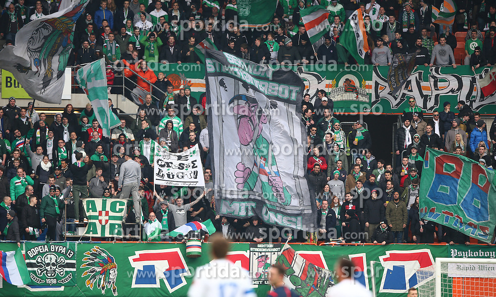 28.02.2016, Ernst Happel Stadion, Wien, AUT, 1. FBL, SK Rapid Wien vs SV Groedig, 24. Runde, im Bild Rapid Fans Block West // during a Austrian Football Bundesliga Match, 24th Round, between SK Rapid Vienna and SV Groedig at the Ernst Happel Stadion, Vienna, Austria on 2016/02/28. EXPA Pictures © 2016, PhotoCredit: EXPA/ Thomas Haumer