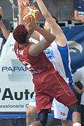 DESCRIZIONE : Milano Lega A 2014-15 Acqua Vitasnella Cantù vs Umana Reyer Venezia Quarti di finale gara 4<br /> GIOCATORE : Stone Julyan<br /> CATEGORIA : Controcampo tiro<br /> SQUADRA : Umana Reyer Venezia<br /> EVENTO : Campionato Lega A 2014-2015 GARA :Acqua Vitasnella Cantù vs Umana Reyer Venezia Quarti di finale gara 4<br /> DATA : 25/05/2015 <br /> SPORT : Pallacanestro <br /> AUTORE : Agenzia Ciamillo-Castoria/IvanMancini<br /> Galleria : Lega Basket A 2014-2015 Fotonotizia : Cantu' Lega A 2014-15 Acqua Vitasnella Cantù vs Umana Reyer Venezia Quarti di finale gara 4