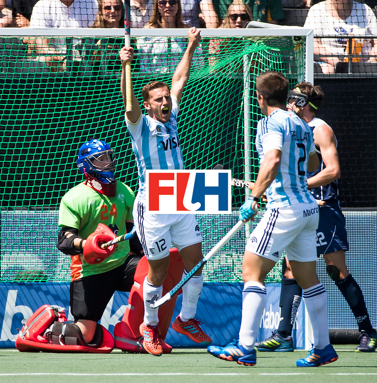 BREDA - Lucas Vila (Arg) viert de 1-0 van Gonzalo Peillat (Arg) (r)    Argentinie-Australie  .  Rabobank Champions  Trophy `2018 . links keeper Tyler Lovell (Aus)  COPYRIGHT  KOEN SUYK