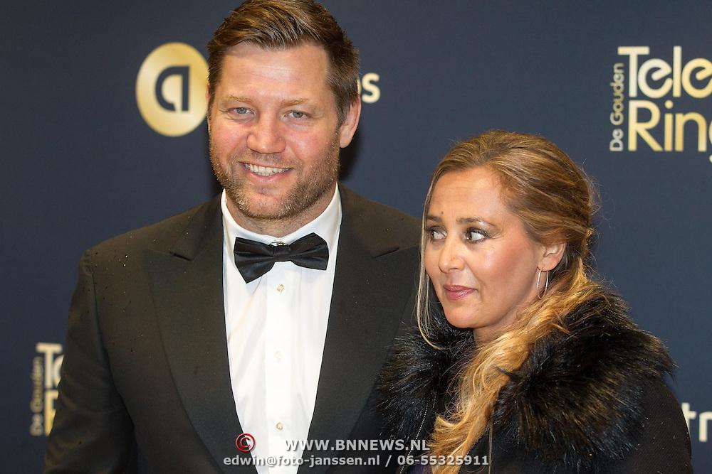 NLD/Amsterdam/20151015 - Televizier gala 2015, Dennis van der Geest en partner Zaïna Mohamed