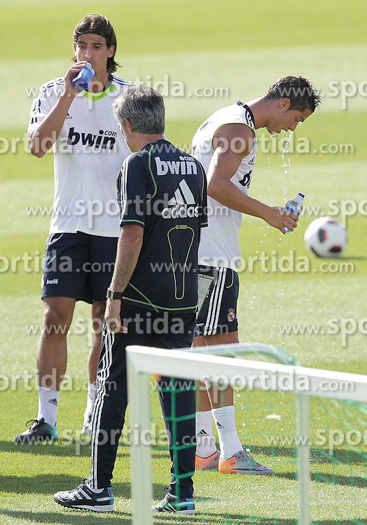 10.08.2010, Valdebebas, Madrid, ESP, Primera Division, Real Madrid Training, im Bild Sami Khedira and Jose Mourinho. EXPA Pictures © 2010, PhotoCredit: EXPA/ Alterphotos/ Cesar Cebolla +++++ ATTENTION - OUT OF SPAIN +++++. / SPORTIDA PHOTO AGENCY