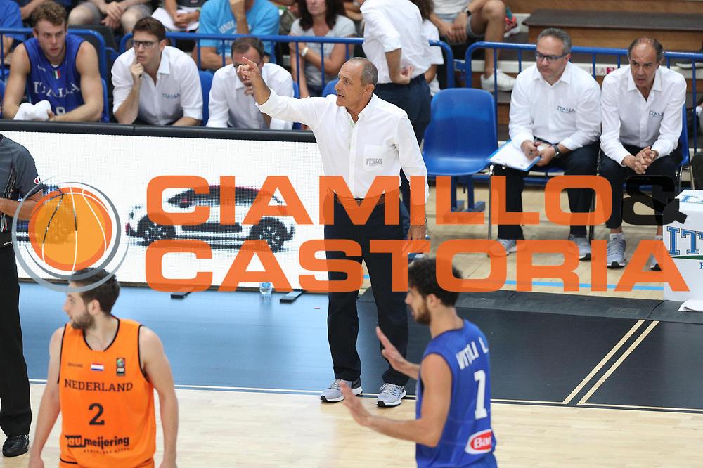 Ettore Messina<br /> Nazionale Italiana Maschile Senior - Trentino Basket Cup 2017<br /> Italia - Paesi Bassi / Italy - Netherlands<br /> FIP 2017<br /> Trento, 30/07/2017<br /> Foto Agenzia Ciamillo-Castoria