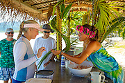 Making, Poisson Cru, Snorkeling and lunch tour on Motu Marimaora, Huahine, French Polynesia