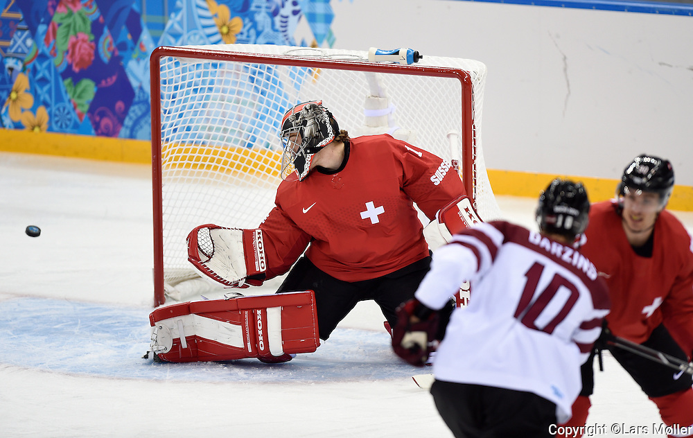 DK Caption: <br /> 20140212, Sochi, Rusland:  Vinter Olympiske Lege/Vinter OL i Sochi 2014: Isheckey herrer, Letland - Schweiz: GK Jonas Hiller, Schweiz, Switzerland<br /> Foto: Lars M&oslash;ller<br /> UK Caption: <br /> 20140212, Sochi, Russia:  Sochi 2014 Winter Olympic Games: Icehockey Men, Latvia - Switzerland:  GK Jonas Hiller, Schweiz, Switzerland<br /> Photo: Lars Moeller