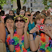 London, UK. 4th August 2017. Thousands attend Plaza Latina Festival. A Latin summer festival party with live music, delicious food & drinks. The vibrant of Latin culture and colourful at Nursery Row Park, East Street.