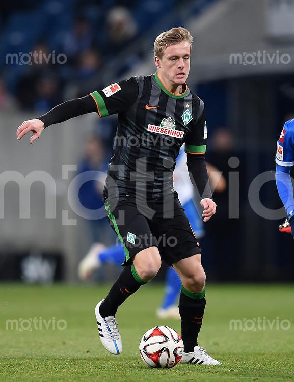Fussball  1. Bundesliga  Saison 2014/2015  19. Spieltag in Sinzheim TSG 1899 Hoffenheim - SV Werder Bremen     04.02.2015 Felix Kroos (SV Werder Bremen) mit Ball