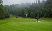 SEEFELD Tirol   Oostenrijk,  - green hole 13.  Golfclub Seefeld Wildmoos.    COPYRIGHT KOEN SUYK