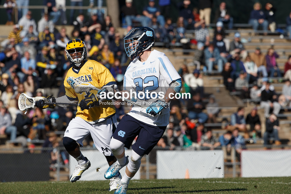 2016 February 06: Shane Simpson #22 of the North Carolina Tar Heels during a 10-20 win over the Michigan Wolverines at Fetzer Field in Chapel Hill, NC.