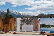 Amatrice, 13/04/2017: panneli con i luoghi storici della citt&agrave; prima del terremoto allestiscono il campo con i nuovi moduli abitativi.<br /> &copy; Andrea Sabbadini