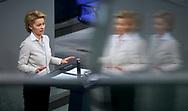 Verteidigungsministerin Ursula von der Leyen (CDU) bei der Sitzung des Bundestag in Berlin. / 21112017,DEU,Deutschland,Berlin