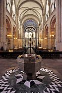 DEU, Germany, Cologne, the romanesque church St. Aposteln.....DEU, Deutschland, Koeln, romanische Kirche St. Aposteln..... ..