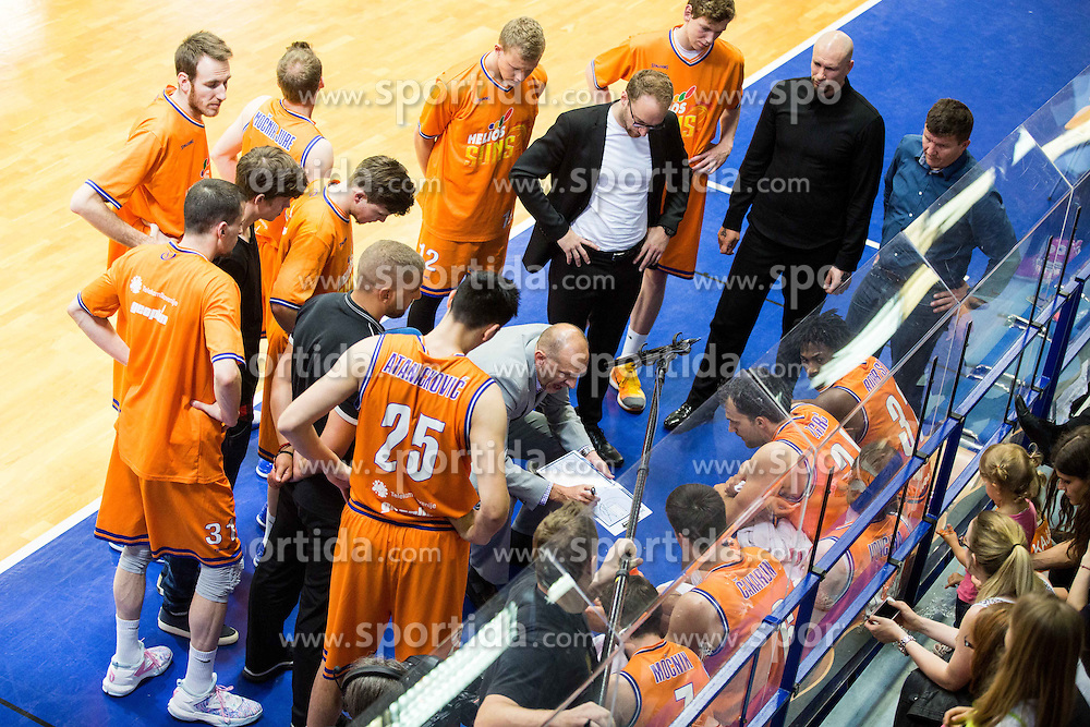 Jaksa Vulic, head coach of Helios with players during 2nd Leg basketball match between KK Helios Suns and KK Zlatorog Lasko in Final of Nova KBM Champions League  2015/16, on May 31, 2016 in Hala Komunalnega centra, Domzale, Slovenia Photo by Vid Ponikvar / Sportida