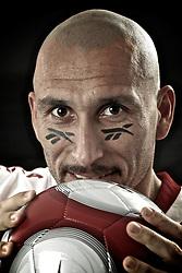 Pablo Horacio Guiñazú, mais conhecido como Guiñazú, (General Cabrera, 26 de agosto de 1978), é um futebolista argentino que atua como volante. Atualmente, joga pelo Internacional e é carinhosamente chamado pelos torcedores colorados de Cholo. FOTO: Jefferson Bernardes/Preview.com