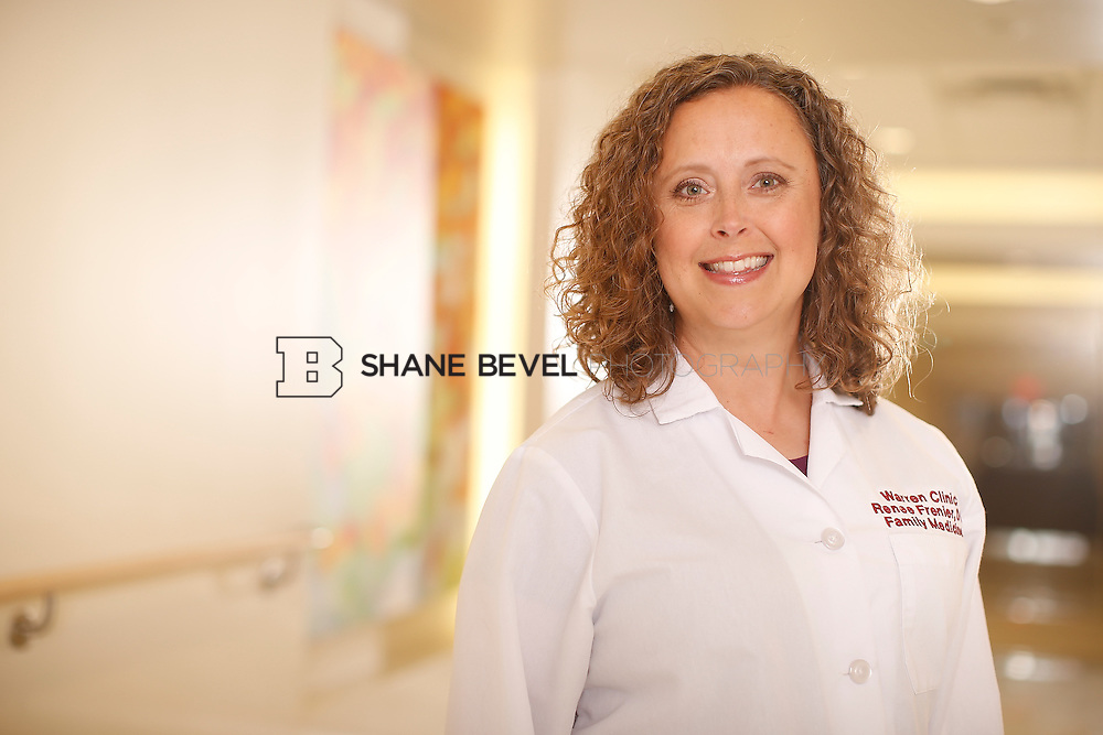 5/28/15 4:07:39 PM -- Dr. Renee Frenier of Saint Francis Health System poses for a portrait for the 2015 Advertising Campaign. <br /> <br /> Photo by Shane Bevel