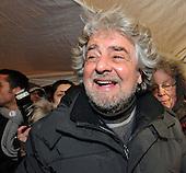 2013/02/07 Grillo Tsunami Tour Udine