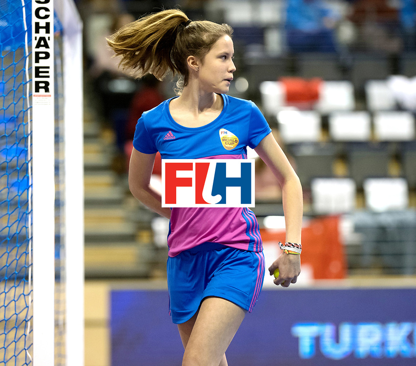 BERLIN - Indoor Hockey World Cup<br /> Quarterfinal 1: Belarus - Australia<br /> foto: Ballgirl.<br /> WORLDSPORTPICS COPYRIGHT FRANK UIJLENBROEK