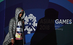 JAKARTA, Aug. 19, 2018  Li Bingjie of China enters the Aquatic Center for the Women's 1500m Freestyle Final in the 18th Asian Games in Jakarta, Indonesia, Aug. 19, 2018. (Credit Image: © Li Xiang/Xinhua via ZUMA Wire)