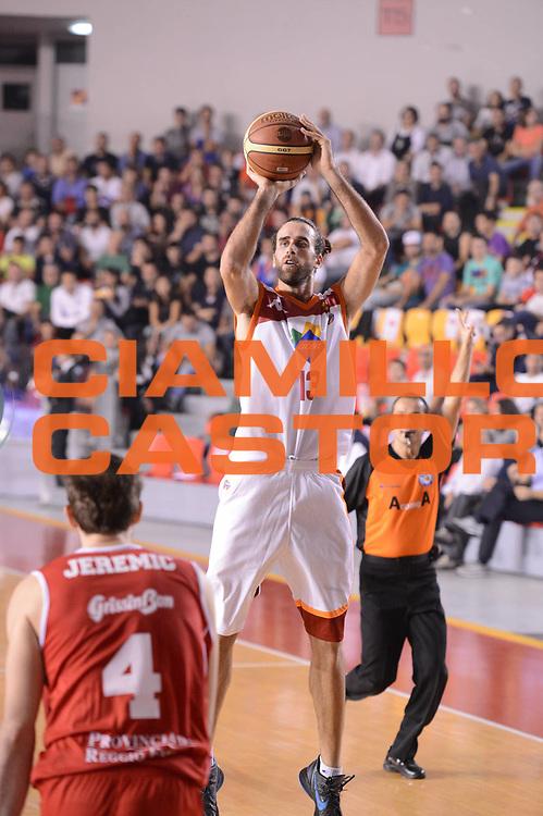 DESCRIZIONE : Roma Lega A 2012-13 Acea Roma Trenkwalder Reggio Emilia<br /> GIOCATORE : Luigi Datome<br /> CATEGORIA : three points<br /> SQUADRA : Acea Roma<br /> EVENTO : Campionato Lega A 2012-2013 <br /> GARA : Acea Roma Trenkwalder Reggio Emilia<br /> DATA : 14/10/2012<br /> SPORT : Pallacanestro <br /> AUTORE : Agenzia Ciamillo-Castoria/GiulioCiamillo<br /> Galleria : Lega Basket A 2012-2013  <br /> Fotonotizia : Roma Lega A 2012-13 Acea Roma Trenkwalder Reggio Emilia<br /> Predefinita :