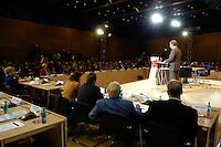 19 MAY 2005, BERLIN/GERMANY:<br /> Franz Muentefering, SPD Parteivorsitzender, haelt eine Rede, zur Eroeffnung des 4. Programmforums der SPD zur Fortschreibung des SPD  Grundsatzprogramms, Willy-Brandt-Haus<br /> IMAGE: 20050519-01-006<br /> KEYWORDS: Franz Müntefering, speech, Übersicht, Uebersicht