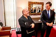 NEW YORK - Premier Rutte woont een repetitie bij van het New York Philharmonic orkest onder leiding van Jaap van Zweden. ANP ROBIN UTRECHT