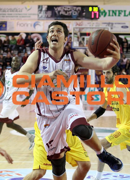 DESCRIZIONE : Ferentino Campionato Lega A2 2012-2013 Fmc Ferentino Prima Veroli<br /> GIOCATORE : Giacomo Gurini <br /> CATEGORIA : penetrazione tiro tecnica<br /> SQUADRA : Fmc Ferentino<br /> EVENTO : Campionato Lega A2 2012-2013<br /> GARA : Fmc Ferentino Prima Veroli<br /> DATA : 21/04/2013<br /> SPORT : Pallacanestro <br /> AUTORE : Agenzia Ciamillo-Castoria/N. Dalla Mura<br /> Galleria : Lega Basket A2 2012-2013 <br /> Fotonotizia : Ferentino Campionato Lega A2 2012-2013 Fmc Ferentino Prima Veroli