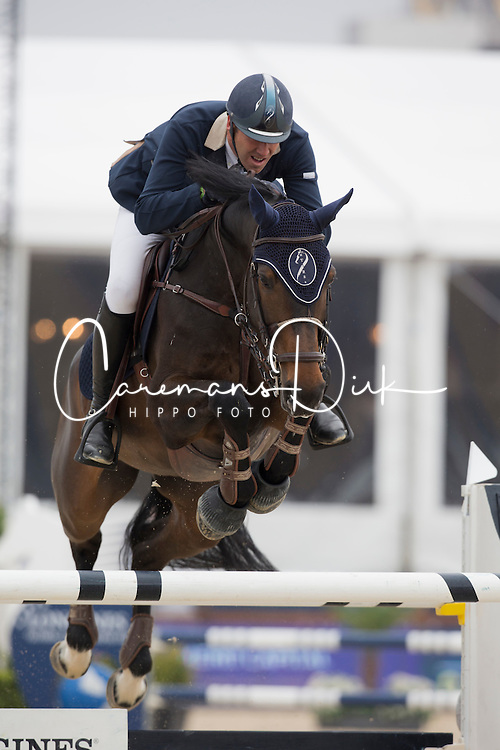 Bossu Francois, (BEL), Chica<br /> Grand Prix CSI 2*<br /> Longines Global Champions Tour - Antwerp 2015<br />  &copy; Hippo Foto - Dirk Caremans<br /> 25/04/15