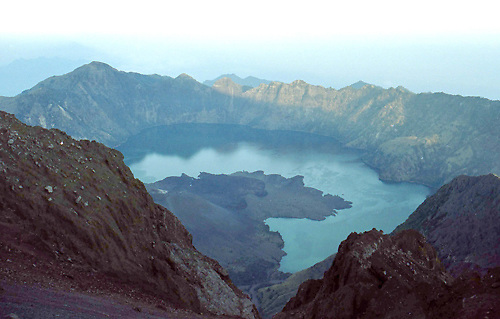 travel images from indonesia, lombok, mt rinjani