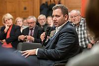 """27 FEB 2019,  BIRKENWERDER/GERMANY:<br />  Lars Klingbeil, MdB, SPD Generalsekretaer, waehrend einer Diskussionsveranstaltung zum Thema """"Grundrente und Bürgergeld: neue Antworten der SPD"""" der SPD Hohen Neuendorf und der SPD Birkenwerder, Rathaus Birkenwerder<br /> IMAGE: 20190227-02-092"""