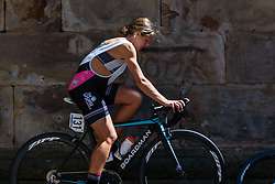 Sharon Laws (Podium Ambition) warms up - Emakumeen Saria - Durango-Durango 2016. A 113km road race starting and finishing in Durango, Spain on 12th April 2016.