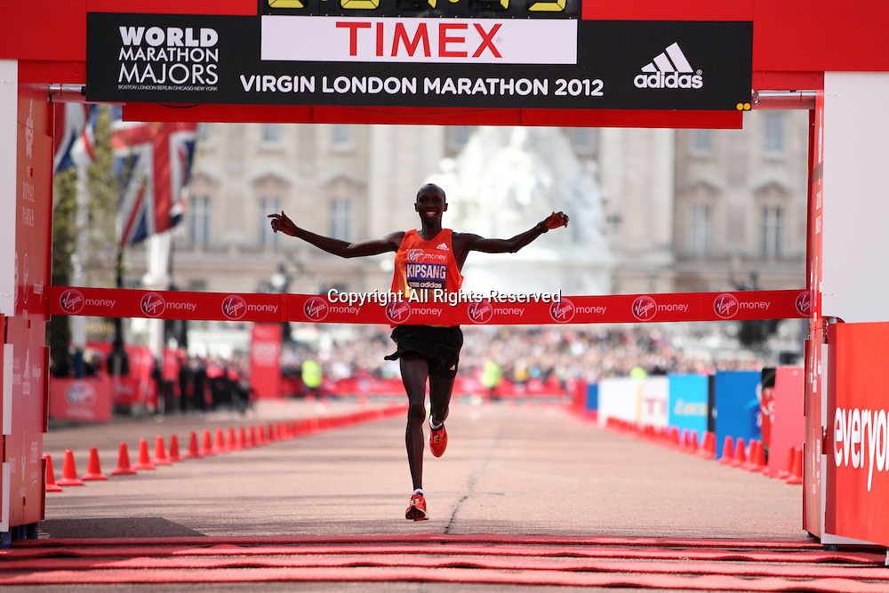 22.04.2012 London, England. Wilson Kipsang (Kenya), seen on The Mall in front of Buckingham Palace wins the mens race at The Virgin London Marathon in a time of 2:04:44