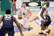 DESCRIZIONE : Siena Lega serie A 2013/14 Montepaschi Siena Acea Virtus Roma<br /> GIOCATORE : Othello Hunter Taylor Rochestie<br /> CATEGORIA : Palleggio Blocco<br /> SQUADRA : Montepaschi Siena<br /> EVENTO : Campionato Lega Serie A 2013-2014<br /> GARA : Montepaschi Siena Acea Virtus Roma<br /> DATA : 15/12/2013<br /> SPORT : Pallacanestro<br /> AUTORE : Agenzia Ciamillo-Castoria/GiulioCiamillo<br /> Galleria : Lega Seria A 2013-2014<br /> Fotonotizia : Siena Lega serie A 2013/14 Montepaschi Siena Acea Virtus Roma<br /> Predefinita :
