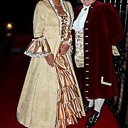 NLD/Volendam/20081221 - Housewarming feest Jan Smit en partner Yolanthe Cabau van Kasbergen, binnenhuisarchitecte Jan Smit