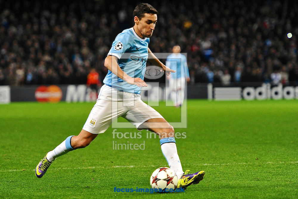 Picture by Ian Wadkins/Focus Images Ltd +44 7877 568959<br /> 27/11/2013<br /> Jes&uacute;s Navas of Manchester City crosses during the UEFA Champions League match at the Etihad Stadium, Manchester.