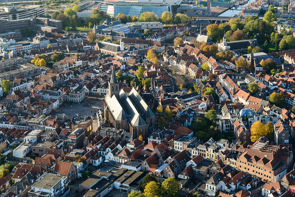 Nederland, Utrecht, Amersfoort, 24-10-2013. Centrum met SInt Joriskerk.<br /> Old town of Amsersfoort with church, modern high rise in the back. <br /> luchtfoto (toeslag op standaard tarieven);<br /> aerial photo (additional fee required);<br /> copyright foto/photo Siebe Swart.