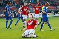 ALKMAAR - 04-10-2015, AZ - FC Twente, AFAS Stadion, AZ speler Guus Hupperts juicht nadat hij de3-0 heeft gescoord, juichen.
