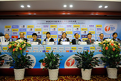 24-08-2010 VOLLEYBAL: WGP PRESS CONFERENCE AND TECHNICAL MEETING: BEILUN NINGBO<br /> Team briefing with Gabrielle van Zwieten, Shanrit Wongprasert THA, Katsumi Wakao JAP and Doug Beal<br /> ©2010-WWW.FOTOHOOGENDOORN.NL