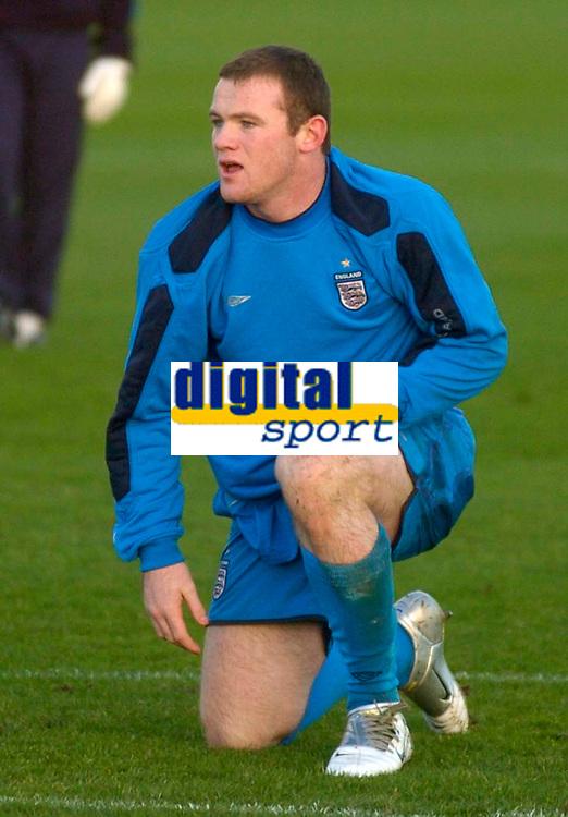 Photo: Glyn Thomas.<br />England Training. 09/11/2005.<br />England's Wayne Rooney in training.