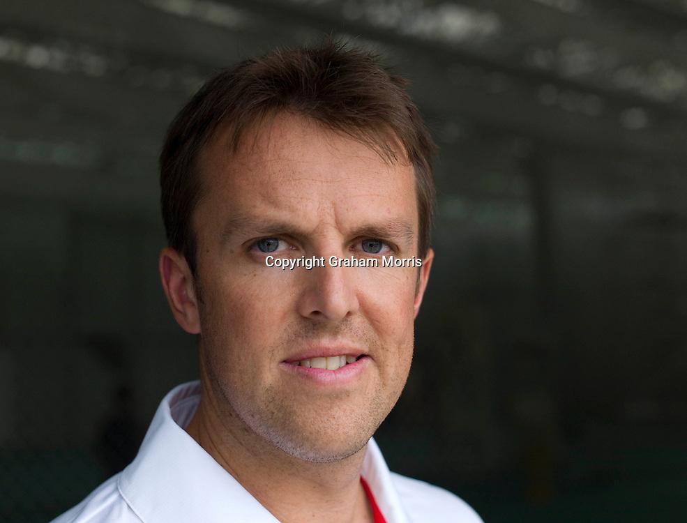England cricketer Graeme Swann. Photograph: Graham Morris/cricketpix.com (Tel: +44 (0)20 8969 4192; Email: sales@cricketpix.com) Ref. No. 11144k51  23/05/11