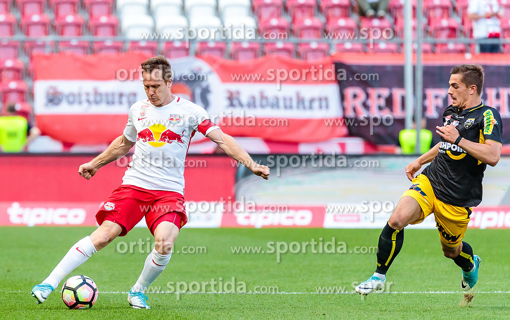 28.05.2017, Red Bull Arena, Salzburg, AUT, 1. FBL, FC Red Bull Salzburg vs Cashpoint SCR Altach, 36. Runde, im Bild Christian Schwegler (FC Red Bull Salzburg) // during Austrian Football Bundesliga 36th round Match between FC Red Bull Salzburg and Cashpoint SCR Altach at the Red Bull Arena, Salzburg, Austria on 2017/05/28. EXPA Pictures © 2017, PhotoCredit: EXPA/ JFK