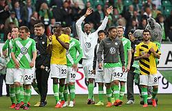 Football: Germany, 1. Bundesliga, VfL Wolfsburg - Borussia Dortmund (BVB), Wolfsburg - 16.05.2015,<br /> Naldo (Wolfsburg) celebrates with team mates at the end of the match<br /> <br /> &copy; pixathlon<br /> <br /> +++ NED out !!! +++