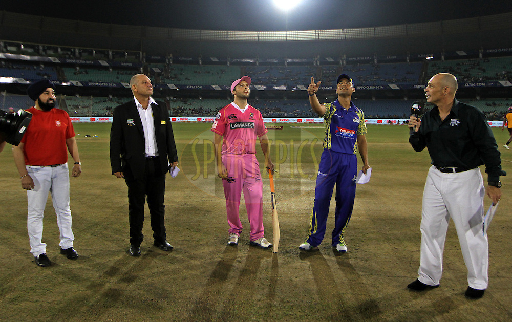 Justin Ontong captain of Cape Cobras and Daniel Flynn Captain of the NORTHERN KNIGHTS during toss of the match 3 of the Oppo Champions League Twenty20 between the Cape Cobras and the Northern Knights held at the Chhattisgarh International Cricket Stadium, Raipur, India on the 19th September 2014<br /> <br /> Photo by:  Deepak Malik / Sportzpics/ CLT20<br /> <br /> <br /> Image use is subject to the terms and conditions as laid out by the BCCI/ CLT20.  The terms and conditions can be downloaded here:<br /> <br /> http://sportzpics.photoshelter.com/gallery/CLT20-Image-Terms-and-Conditions-2014/G0000IfNJn535VPU/C0000QhhKadWcjYs