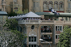 MONTE-CARLO, MONACO - Sunday, May 24, 2009: The race-car of Kazuki Nakajima (JPN Williams) is lifted from the track by a crane during the Monaco Formula One Grand Prix at the Monte-Carlo Circuit. (Pic by Juergen Tap/Hoch Zwei/Propaganda)