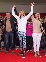 Paula Radcliffe UK opens the Virgin Marathon London Marathon Expo 2015<br /> <br /> posing with the first runners queuing to register to receive their bibs.<br /> <br /> Vick Oliver (with beard)<br /> Sally Thomson (Blond)<br /> Craig Share (Glasses on forehead)<br /> Joey Keegan (crew cut hair)<br /> <br /> <br /> Virgin Money London Marathon 2015<br /> <br /> <br /> Photo: Bob Martin for Virgin Money London Marathon<br /> <br /> This photograph is supplied free to use by London Marathon/Virgin Money.