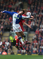 Fotball, Liverpool  John Arne Riise and Blackburn  Keith Gillespie.